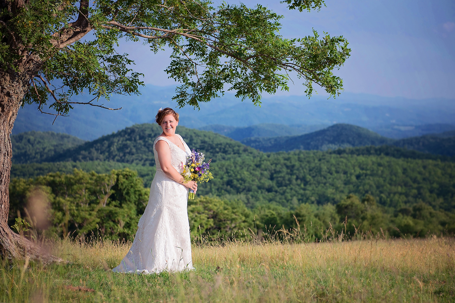 bridal-portrait-mountain