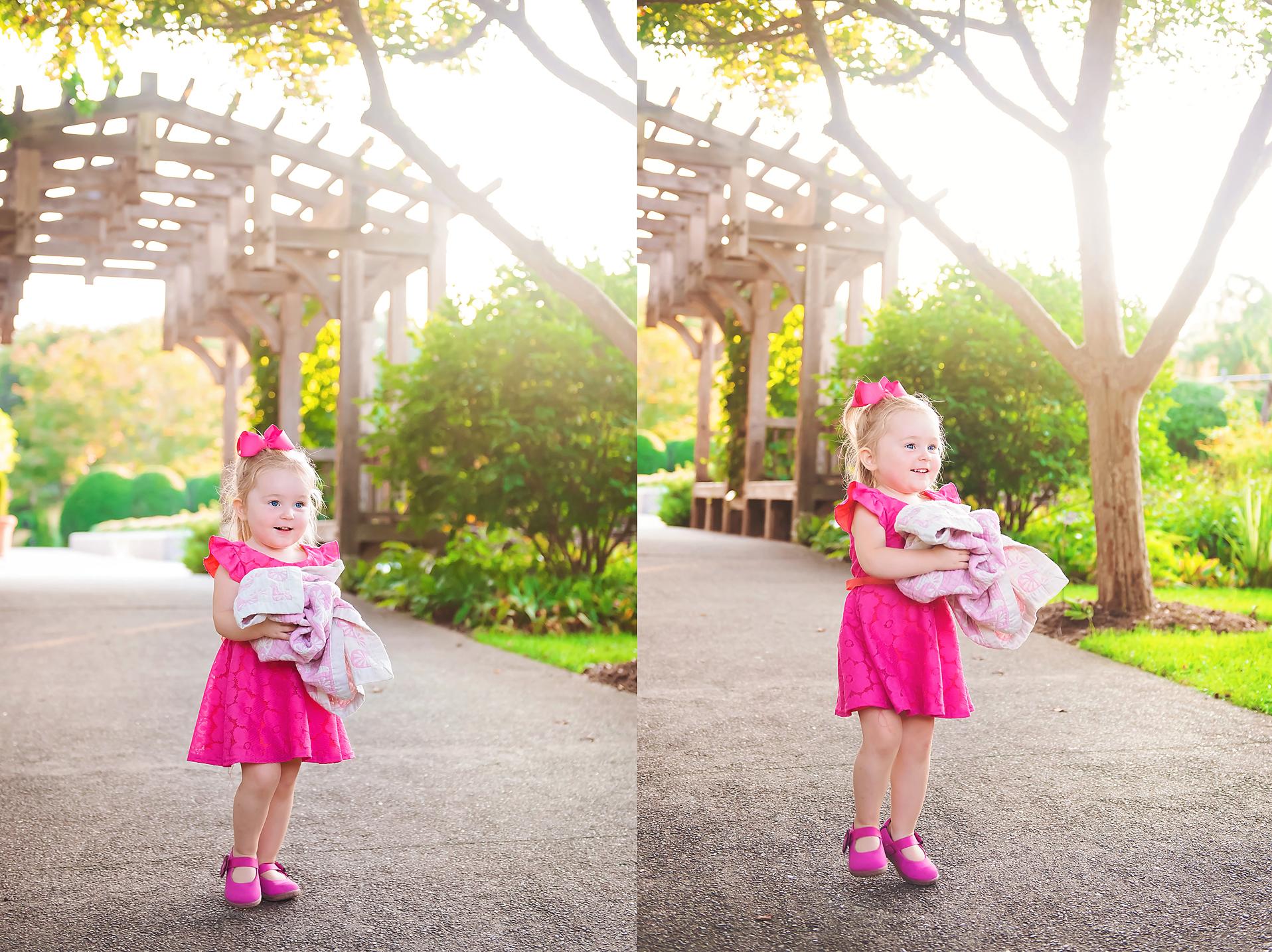 candid-girl-posing